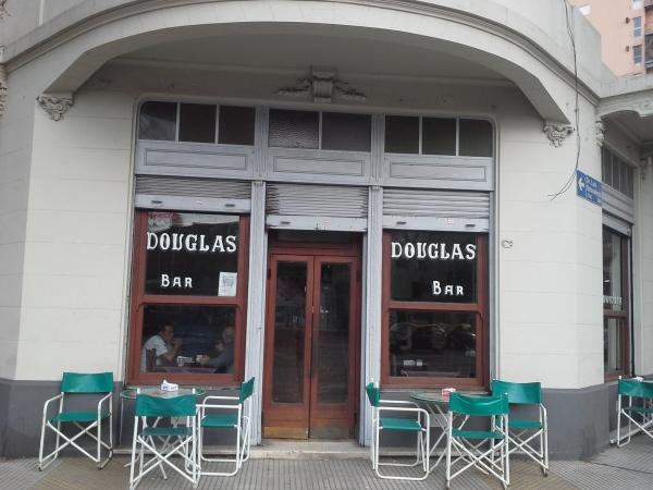 El Douglas de Villa Santa Rita