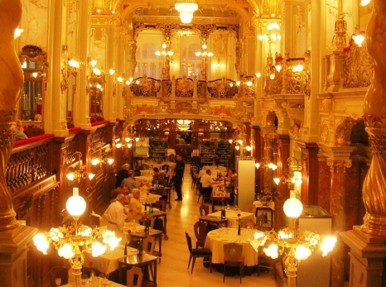 CAFE-NEW-YORK-Budapest-560x417