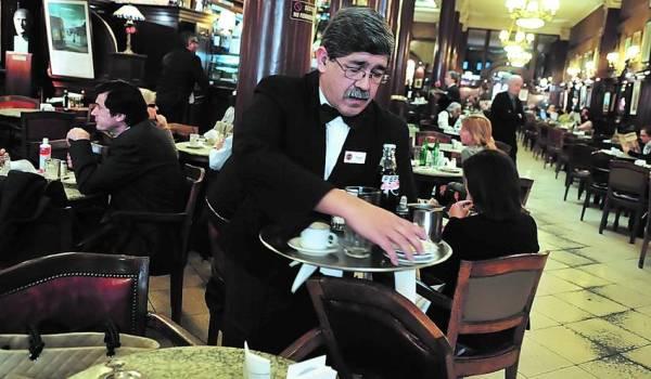 Cafe-Tortoni-Buenos-Aires-CERUTTI_CLAIMA20140608_0049_28