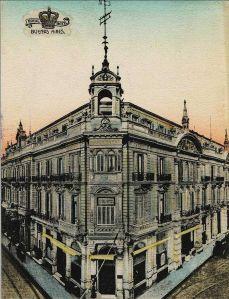 800px-Royal_Hotel_y_Teatro_Odeón